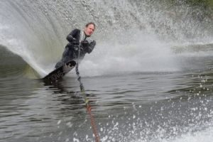 waterski_slalom1